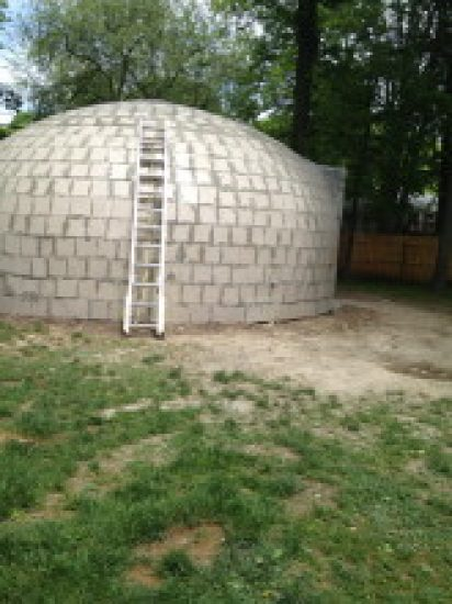 dome-shaped-outbuilding